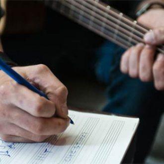 Bild zu:Singer Songwriter