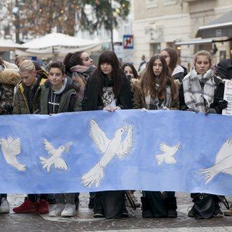 """Bild zu:Programmschwerpunkt am Freitag, 20. Dezember 2019 – 18 bis 19 Uhr  """"Alle Menschen - frei und gleich an Würde & Rechten?!"""""""