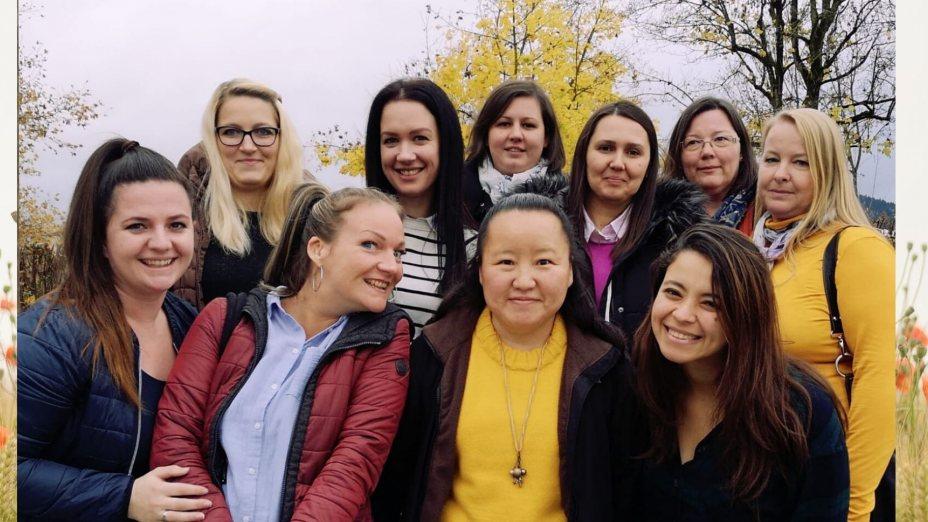 AGORA Spezial_In einem neuen Land - 10 Frauen, 10 Geschichten