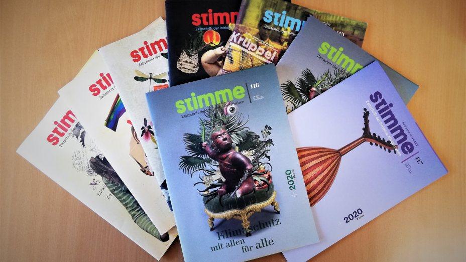 """Die Zeitschrift """"Stimme"""" wird von der Initiative Minderheiten herausgegeben."""